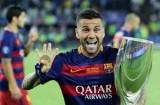超越了梅西C罗,致敬足坛获奖杯最多的球员!