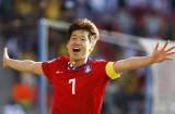 [WELLBET]PSV的亚洲骄傲,他的雕像让球迷们充满敬意